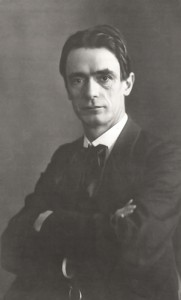 """Rudolf Steiner um 1905 """"Scharlatan und größenwahnsinniger Sektenführer""""  (Quelle: wikipedia)"""