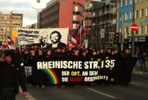 do_nazis_20123