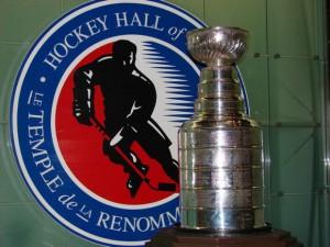 Wird nun doch auch in 2013 wieder vergeben: Der Stanley Cup. Foto: Robin Patzwaldt