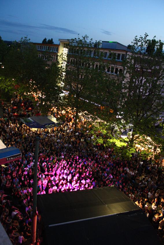 Eine der vielen Bühnen bei Bochum Total