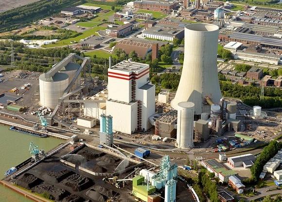 Das Trianel-Kraftwerk in Lünen. Quelle: Wikipedia; Foto: Possi88; Lizenz: