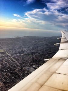 In der Millionenstadt Perth fliegen Flugzeuge direkt über das Stadtgebiet