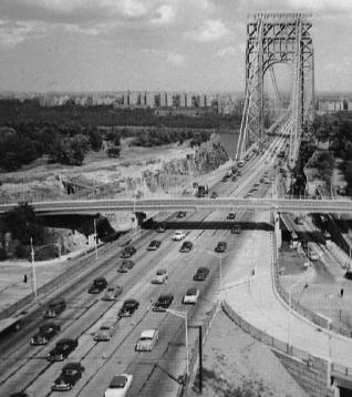 14 Auto-Fahrspuren: Die George-Washington-Bidge zwischen Manhattan und New Jersey in den 50er Jahren (Ausschnitt Ansichtskarte, Sammlung Kalwitzki)