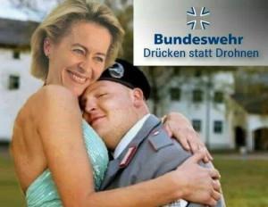 Ist das noch lustig? oder schon? Und wer ist die Dame links? (Quelle: FDP Liberté)