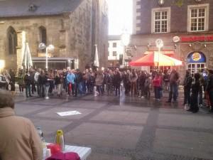 Aluhüte - Das Foto ist aus Dortmund. In Essen sind sie aber auch nicht klüger.