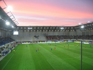 Das Stadion des SC Paderborn. Quelle: Wikipedia, Foto: Sunnysteffen, Lizenz: CC-BY-SA-3.0