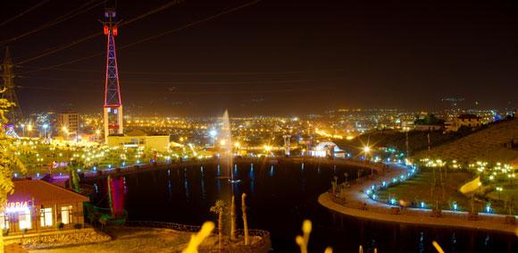 sulaymaniyah-at-night-800px