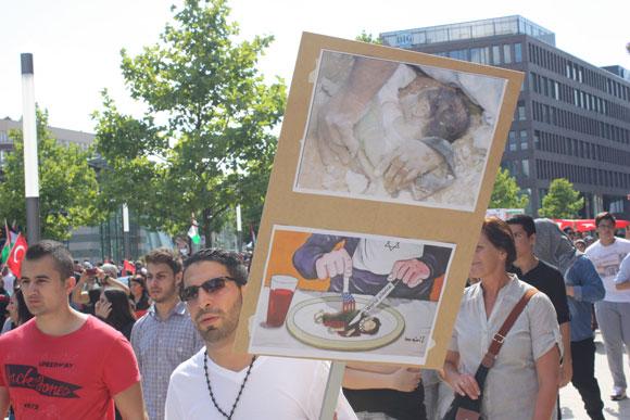 Antisemitisches Plakat auf einer Gaza-Demonstration in Dortmund