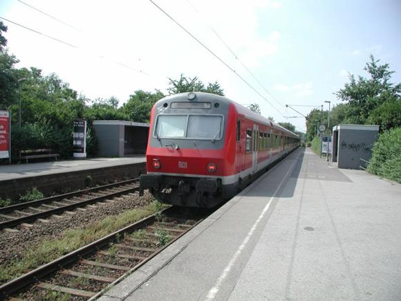 S-Bahn Foto: Mike Stephan Lizenz: Gemeinfrei