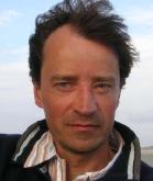 Auf der Bühne Professor, hinter der Bühne Regisseur: Dr. Christian Weymayr (Foto: privat)