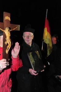 Imagevorteil für Duisburg: Pegida mit Freaks. Bild: XN