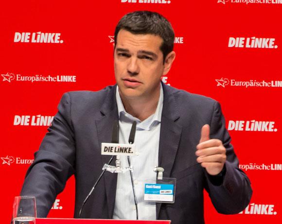 Alexis Tsipras, auf dem Bundesparteitag der Linkspartei im  Mai 2014 im Berliner  Velodrom Foto: Blömke/Kosinsky/Tschöpe Lizenz: CC BY-SA 3.0 de