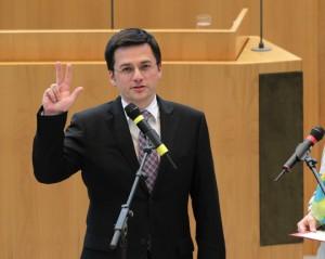 Thomas Kutschatys Vereidigung im Landtag NRW, Foto: Alle Rechte beim Landtag NRW