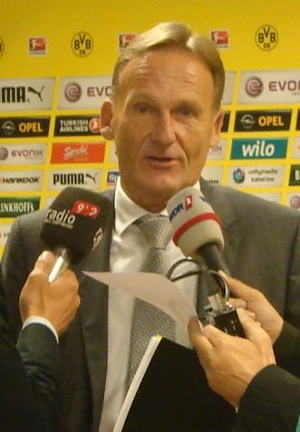 Hans-Joachim Watzke gibt Auskunft. Foto: Robin Patzwaldt