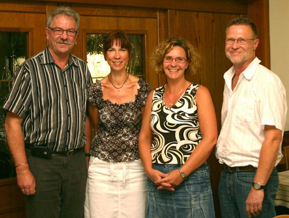 Von links: Manfred Jockheck, Anke von Kolken, Sabine Jockheck, Axel Kunstmann; Foto: Mengeder Heimatvereine.V.