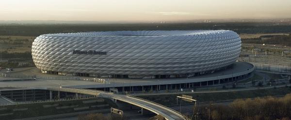Das Stadion in München. Quelle: Wikipewdia, Foto: Richard Bartz, Munich aka Makro Freak, Lizenz: CC BY-SA 2.5