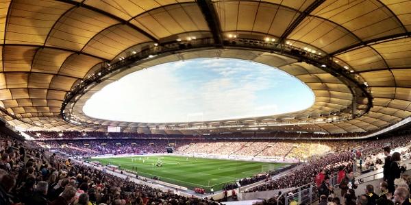 Bald nur noch Zweitligafußball in Stuttgart? Quelle: Wikipedia, Foto: Markus Unger. Lizenz: CC BY 2.0