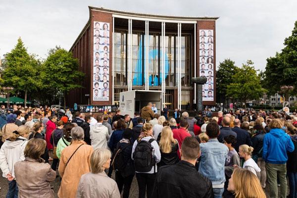 LKW_Schauspielhaus