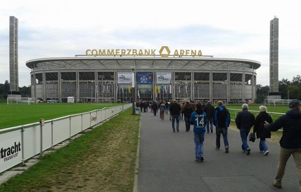 Das Stadion in Frankfurt. Quelle: Wikipedia, Foto: Muns, Lizenz: CC BY-SA 3.0