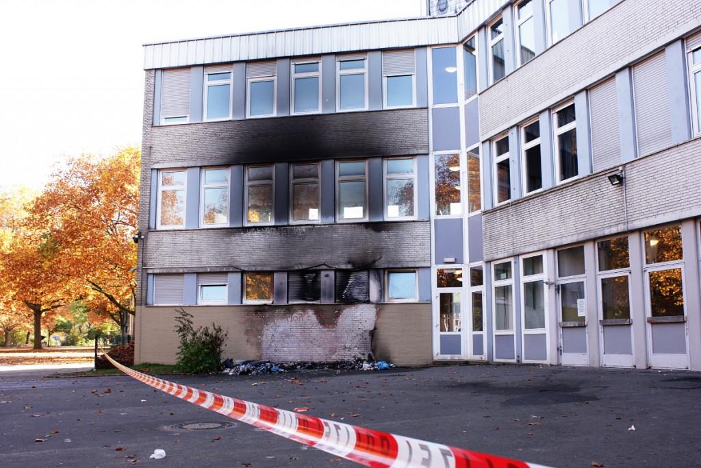 Hausfassade_Leibniz-Gymnasium_nach_Brand