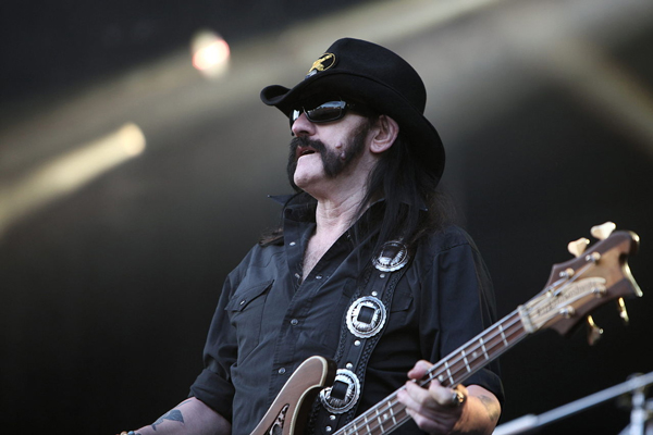 """""""Motorhead-IMG 6373"""" von Photograph by Rama, Wikimedia Commons, Cc-by-sa-2.0-fr. Lizenziert unter CC BY-SA 2.0 fr über Wikimedia Commons"""