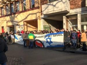 Kundgebung linker Gruppen vor der Alten Feuerwache am vergangenen Samstag. Foto: BgA Köln