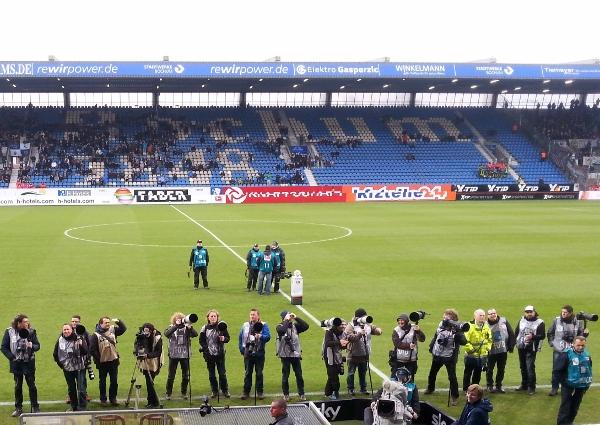 Mit dem Top-Spiel Bochum gegen Freiburg startet heute auch 'Liga 2' in das Jahr 2016. Foto: Claudia Bender
