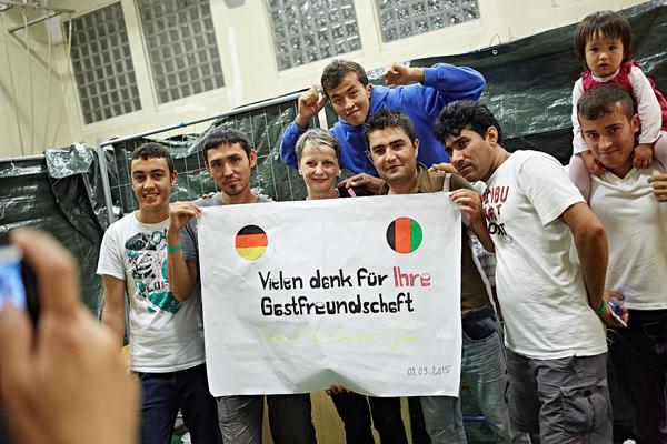 Wittener Flüchtlinge bedanken sich Foto: Roland Geisheimer