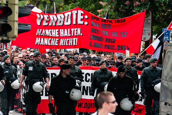 Nazi-Demonstration in  Dortmund am 1. Mai 2014