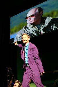 """Stefan Diekmann in der Uraufführung """"Das Prinzip Jago"""" (Foto: Birgit Hupfeld"""
