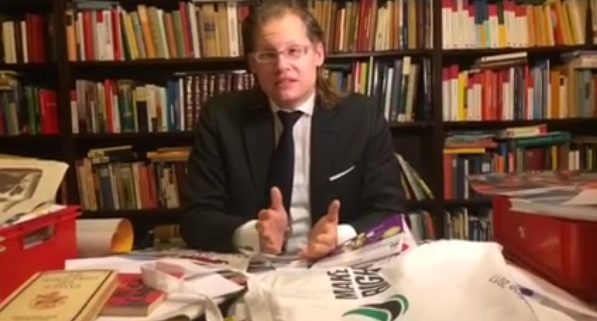Martin Lejeune zweifelt Holocaust an und wünscht Juden den Feuertod ...