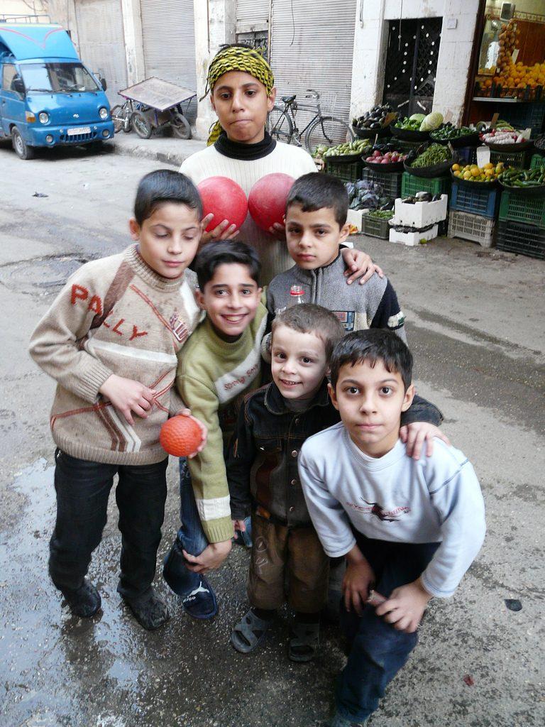 Vielleicht schon alle tot: Kinder in Aleppo (Foto: Varun Shiv Kapur / Flickr / cc-by-sa)