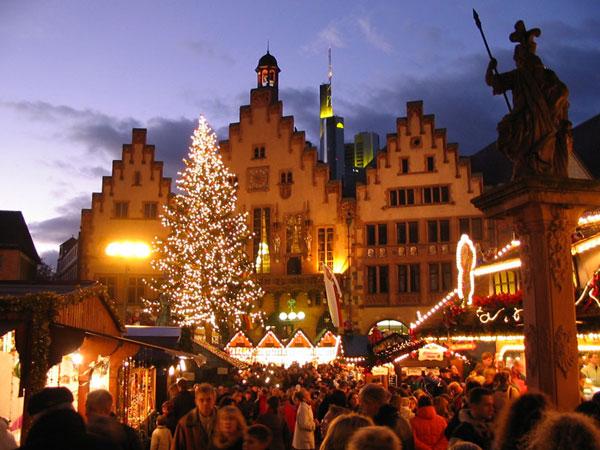 Frankfurter Weihnachtsmarkt Foto: Suburbi Lizenz: CC BY-SA 3.0