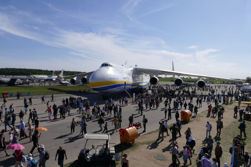 Die Antonow An-225, das größte Flugzeug der Welt war zu Gast bei der ILA in Berlin.