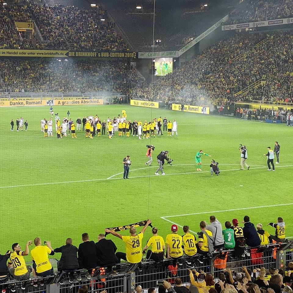 Weidenfeller Abschied Beweist Dass Echte Liebe In Dortmund Mehr