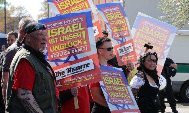 Purer Antisemitismus: DIE RECHTE am 20.4.2019 in Wuppertal; Foto: Twitter, @Infozentrale