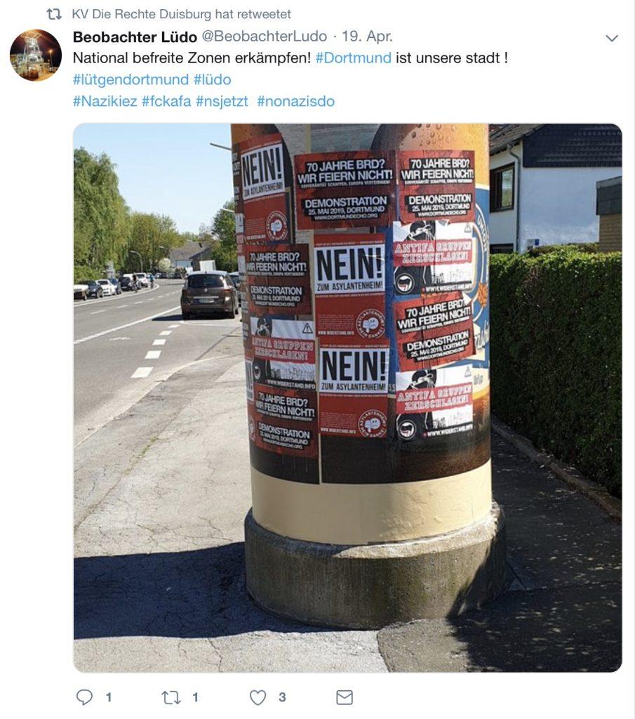 """Screenshot Twitter: Hashtags wie """"nsjetzt"""" und die Plakate (""""70 Jahre BRD? Wir feiern nicht!"""") die zu sehen sind, sprechen eine klare Sprache..."""