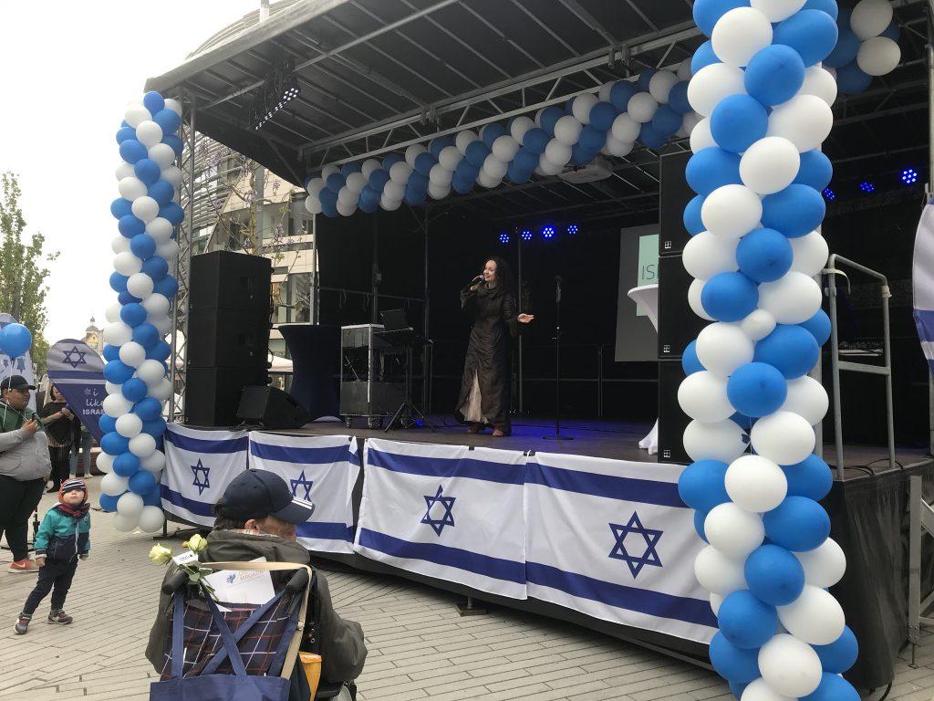 Eine eindrucksvolle Performance: Maria Katz auf dem Israel-Tag 2019; Foto: Peter Ansmann
