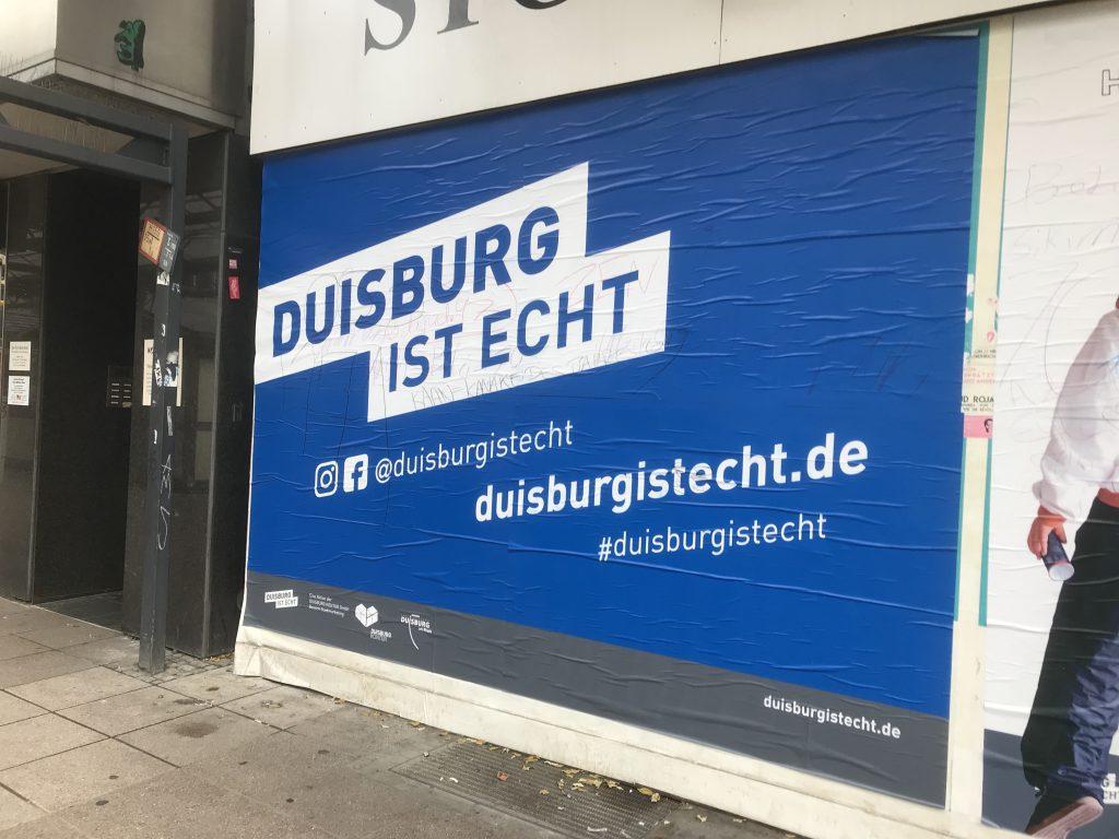 """Eine Imagekampagne direkt aus der Hölle: """"Duisburg ist echt""""; Foto: Peter Ansmann"""