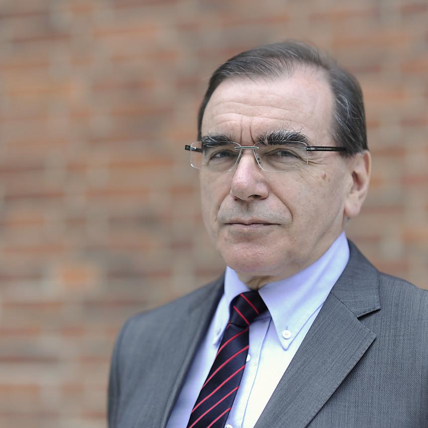 Kampf gegen die Pandemie; Prof. Dr. Ulrich Frei, Vorstand Krankenversorgung der Charité, stellte die CovApp vor;