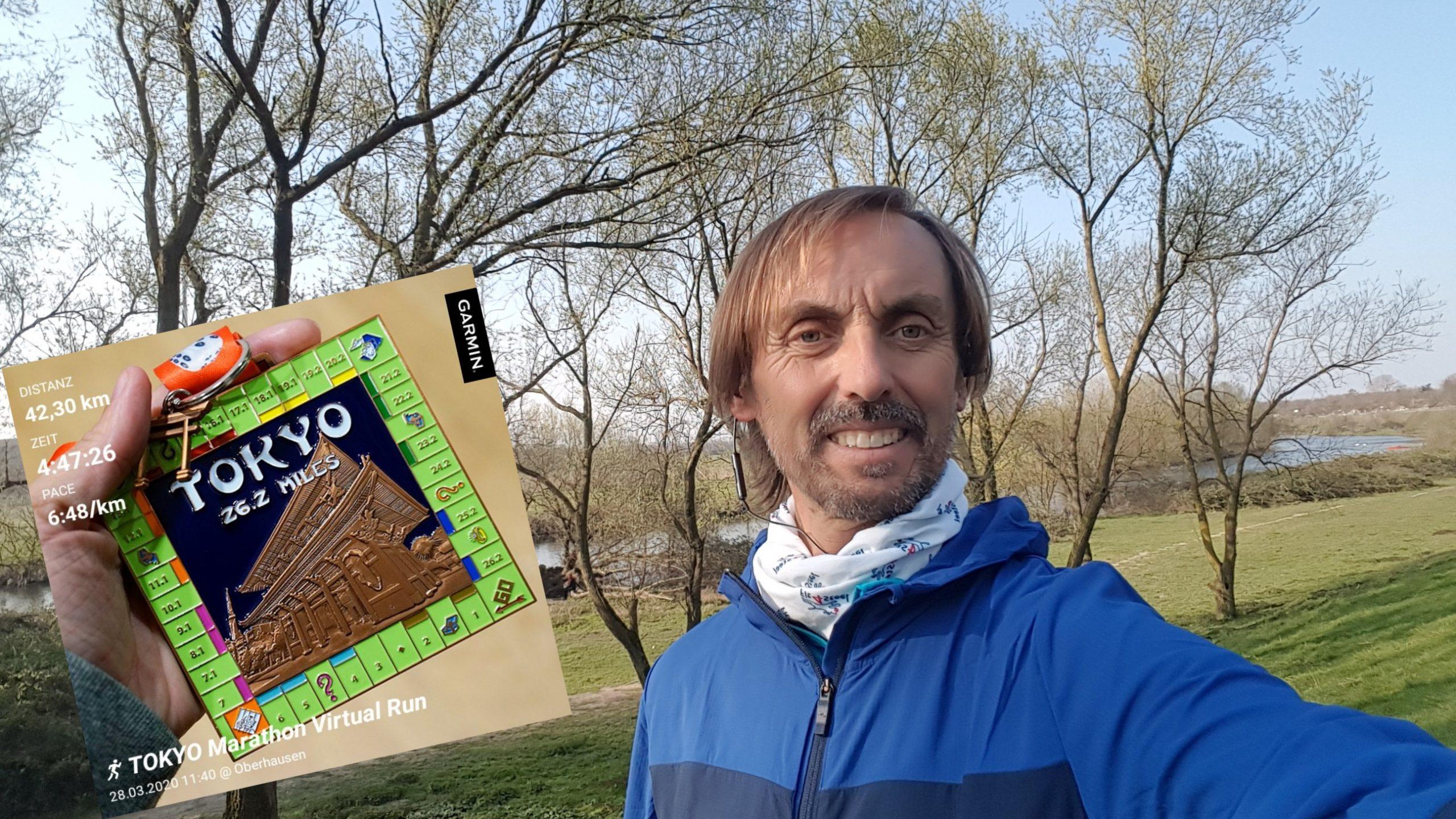 Pater Tobias aus Duisburg-Neumühl hat im Shutdown trainiert - und virtuell den Tokio-Marathon gefinished; Foto: Projekt Lebenswert