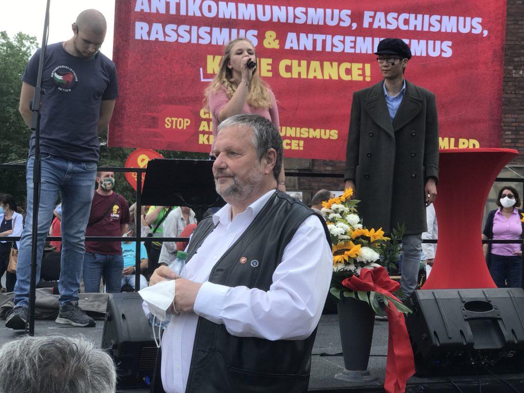 Stefan Engel, Redaktionsleiter des theoretischen Organs der MLPD und langjähriger MLPD-Vorsitzender; Foto: Peter Ansmann