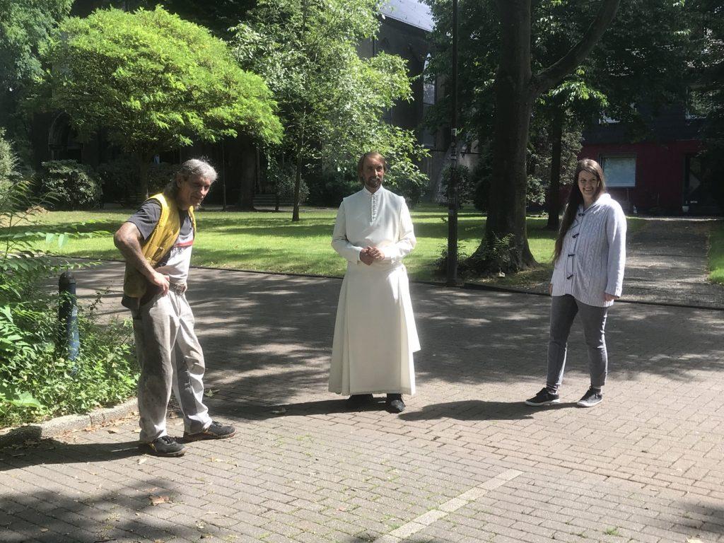 Projekt LebensWert: Manfred Lange, Pater Tobias, Nadine Giangreco; Foto: Peter Ansmann
