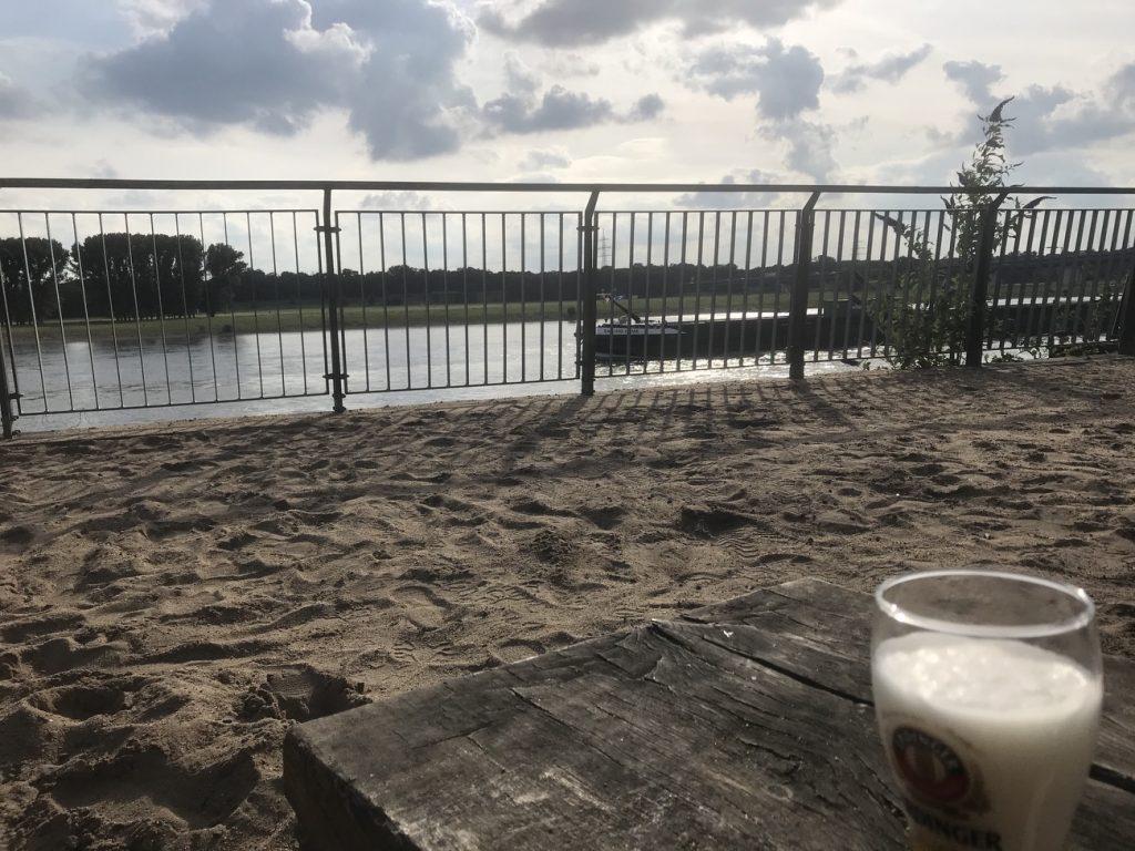Blick auf den Rhein; Foto: Peter Ansmann