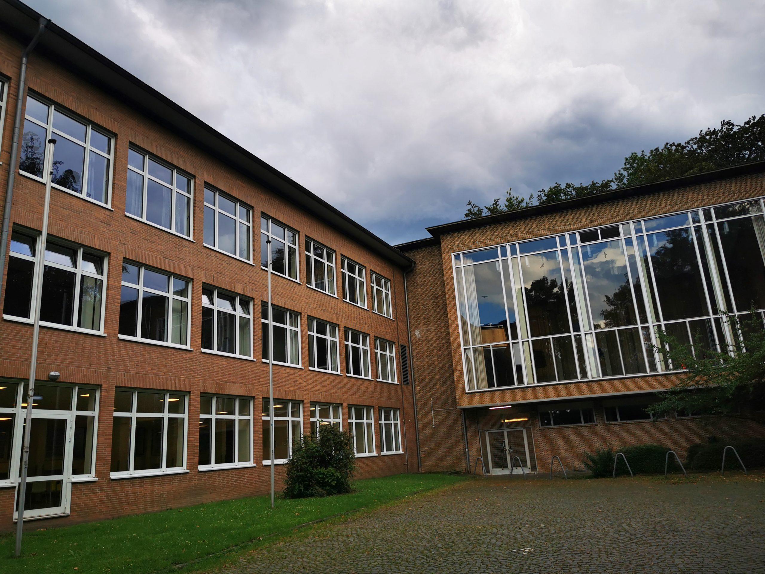 Bochumer Gymnasium Graf-Engelbert-Schule (Foto: Roland W. Waniek)