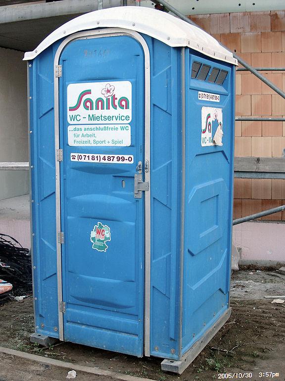 Berlin wird AfD-blau: Ein WC-Häuschen; Holger Gruber at de.wikipedia / CC BY-SA 2.0 DE