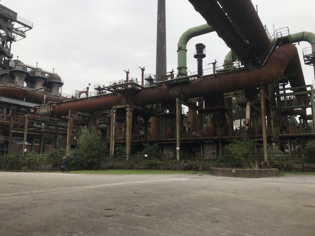 Wunderschön: Ein Stahlwerk; Foto: Peter Ansmann