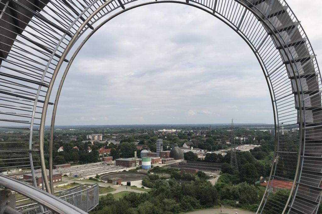 Wunderbarer Blick auf die Skyline von Duisburg; Foto: Peter Ansmann