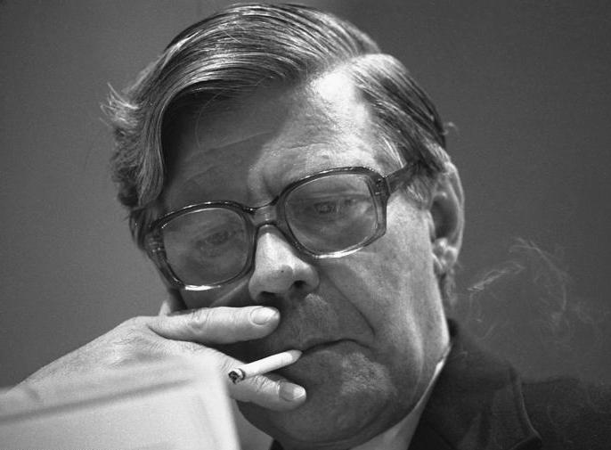 1974 bis 1982 Bundeskanzler Helmuth Schmidt;
